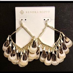 KENDRA SCOTT Raven drop feather earrings